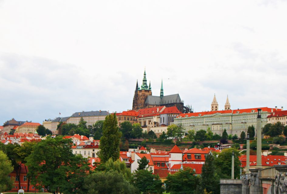Prague Castle, Cathedral, and its highlight - LexieAnimeTravel